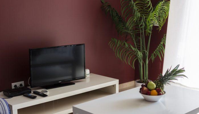 TV Habitación - Hotel Mena Plaza ** | Hotel en Nerja