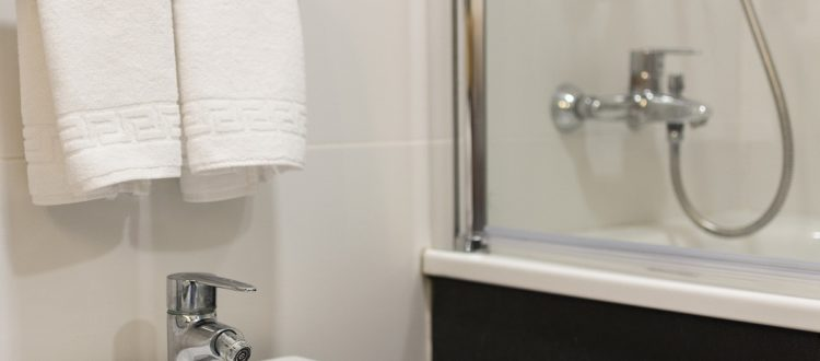 Cuarto de baño Apartamento - Hotel Mena Plaza ** | Hotel en Nerja