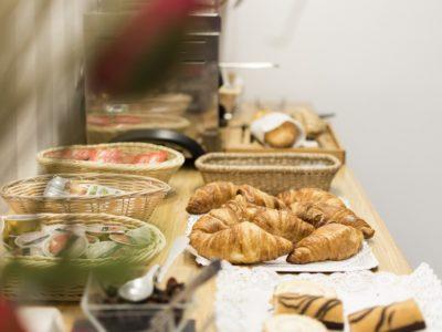 Pastelería desayuno - Hotel Mena Plaza ** | Hotel en Nerja