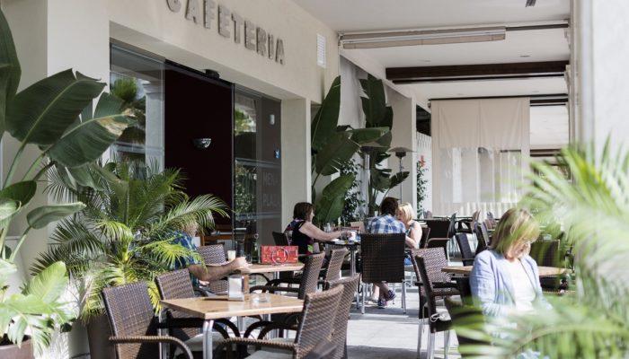 Terraza restaurante - Hotel Mena Plaza ** | Hotel en Nerja